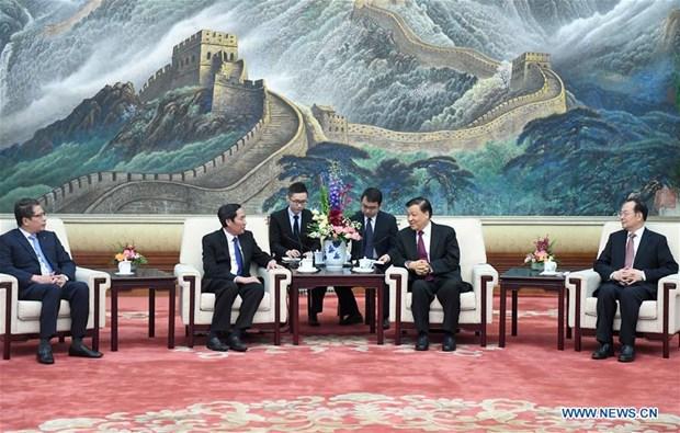 Nhan Dan newspaper delegation visits China hinh anh 1