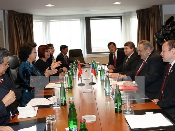 Vietnam, Czech Republic strengthen ties hinh anh 1