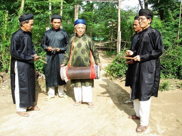 """""""Sac bua"""" singing recognised as national intangible cultural heritage hinh anh 1"""