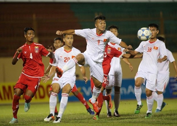Vietnam edge out Myanmar 2-1 in U-19 tourney hinh anh 1