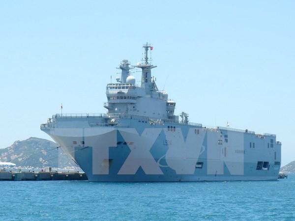 French naval ships visit Ho Chi Minh City hinh anh 1