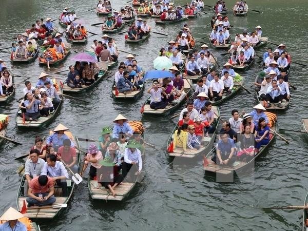 Trang An Festival begins in Ninh Binh hinh anh 1