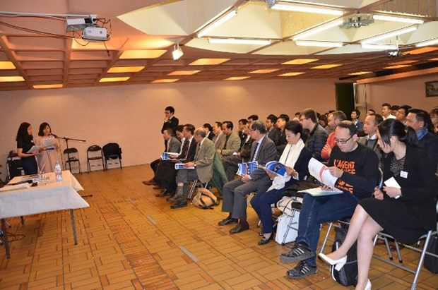 Vietnamese student union in France holds 7th congress hinh anh 1