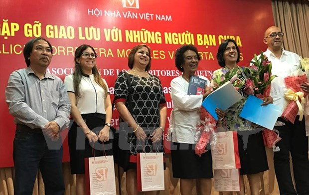 Vietnamese, Cuban writers share experience hinh anh 1
