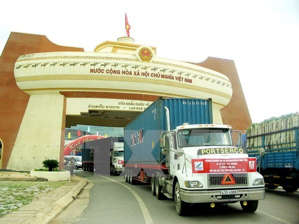 Measures sought to promote Vietnam – Lao border trade hinh anh 1