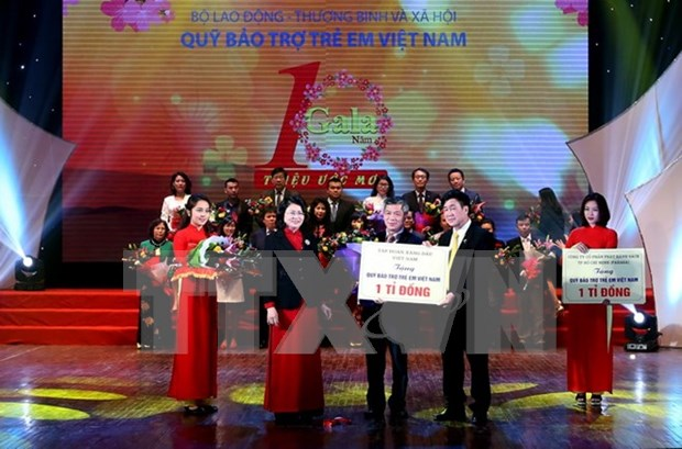 Assistance offered to more than 30 million children hinh anh 1