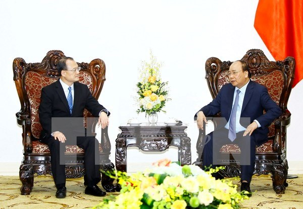 PM calls for Hong Kong investment in hi-tech agriculture, industry hinh anh 1