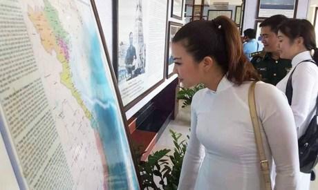 Hoang Sa – Truong Sa exhibition comes to Hoi An hinh anh 1