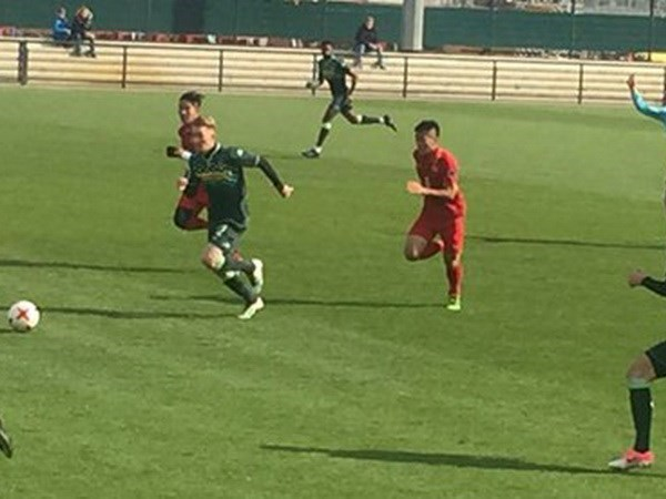 Vietnam's U20 football team warms up for World Cup hinh anh 1