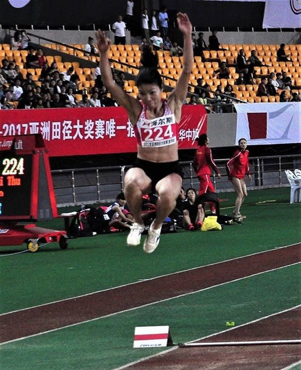 Vietnam pocket two golds at Asian Grand Prix hinh anh 1