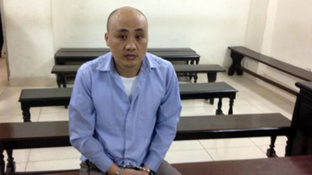 Chinese national jailed for theft onboard Vietnam Airlines plane hinh anh 1