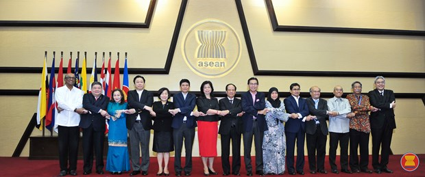 Permanent representatives to ASEAN prepare for summit hinh anh 1
