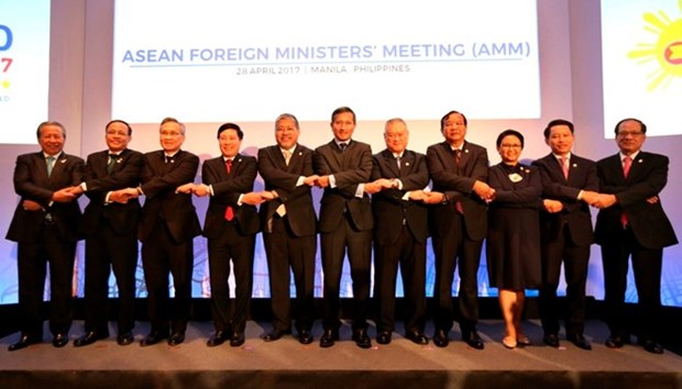 ASEAN foreign ministers concerned about Korean Peninsula situation hinh anh 1