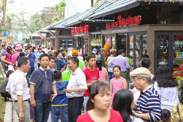 Hanoi launches first book street hinh anh 1