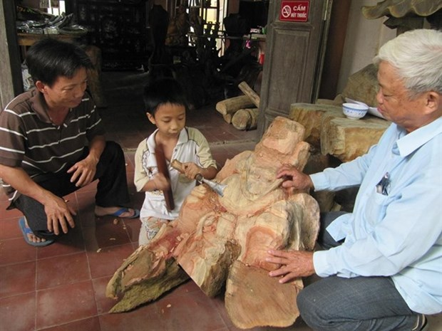 The carpentry craft of Kim Bong village hinh anh 1