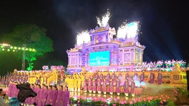 Hue traditional craft festival wraps up hinh anh 1