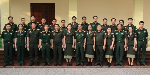 Vietnam helps Laos with archive management hinh anh 1