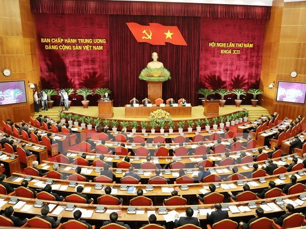 Important economic plans presented to Party Central Committee hinh anh 1