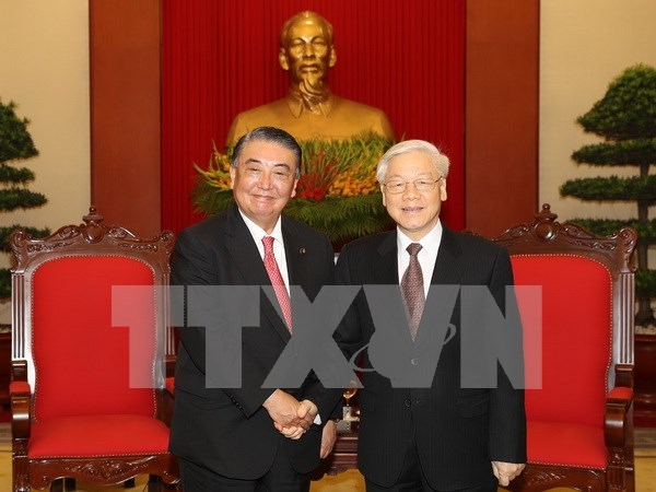 Party chief welcomes top Japanese legislator hinh anh 1