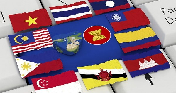Vietnam urges ASEAN, Canada to boost cooperation in priority areas hinh anh 1