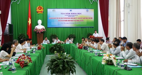 Can Tho works to remove institutional barriers for growth hinh anh 1