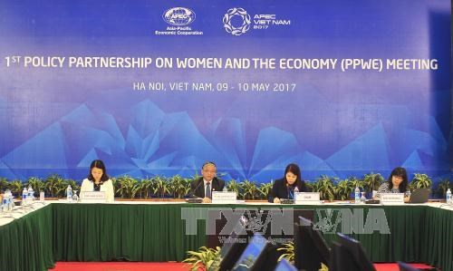 APEC meeting discusses women's role in economy hinh anh 1
