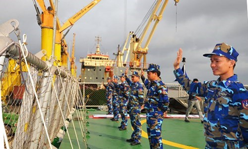 Vietnam Coast Guard officers join exchange programme in China hinh anh 1