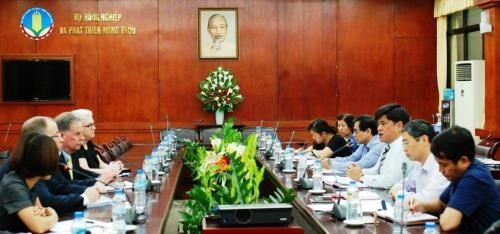 Vietnam, US seeks to boost agriculture cooperation hinh anh 1