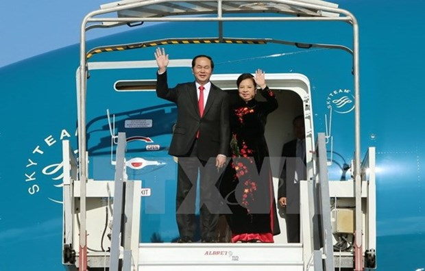 President leaves for China visit hinh anh 1