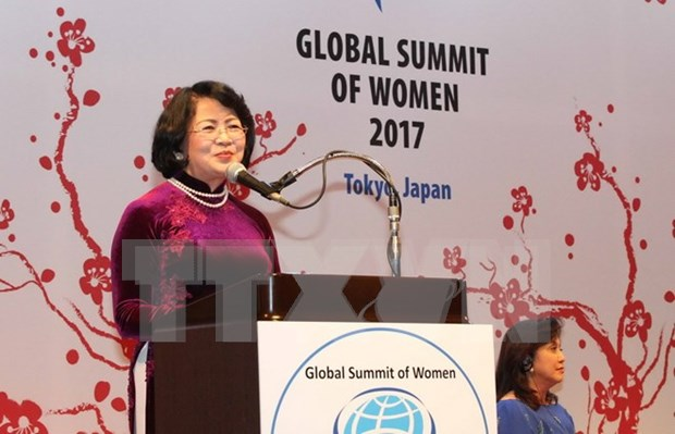 Vietnam active in Global Summit of Women in Tokyo hinh anh 1