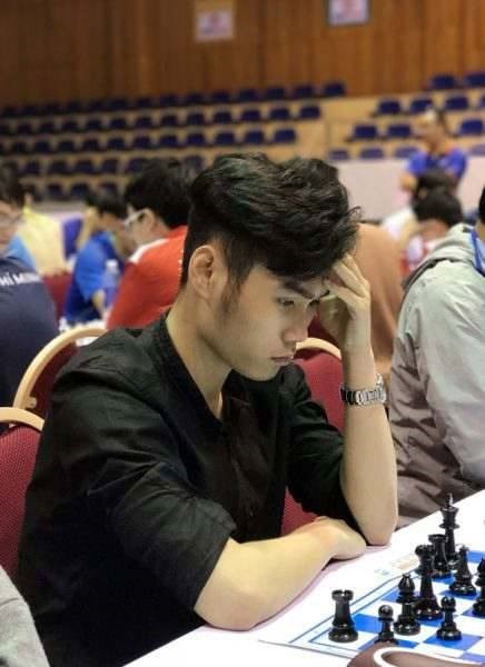 Vietnamese grandmaster wins second gold at Asian U20 chess champs hinh anh 1