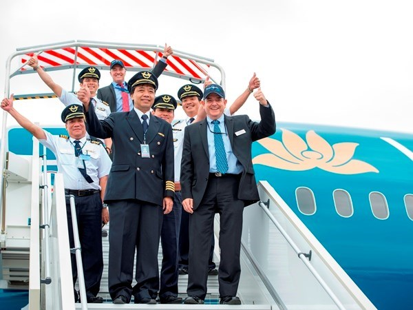 First Vietnamese commercial pilots graduated in Australia hinh anh 1