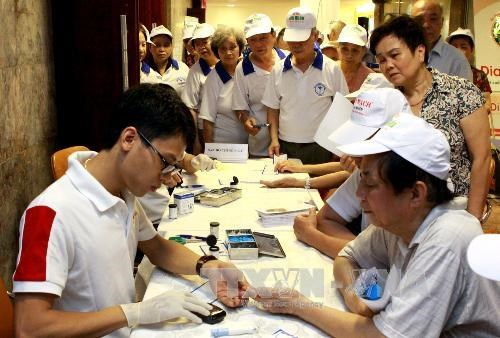 Frequent tests early detect hypertension: Minister hinh anh 1