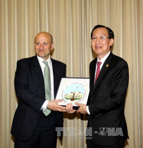 UK agency vows to fund HCM City's development projects hinh anh 1
