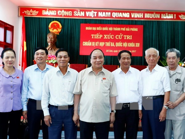 Prime Minister meets with Hai Phong voters hinh anh 1