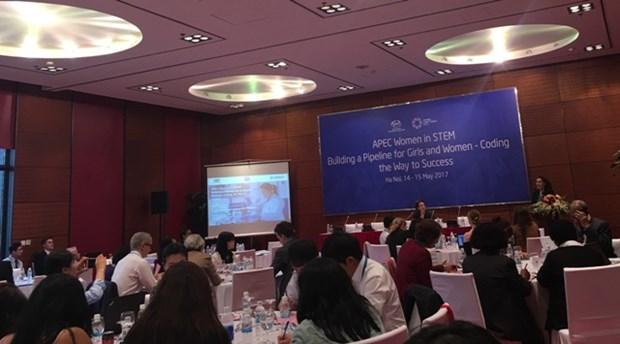 Empowering women in science through entrepreneurship hinh anh 1