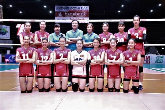 Vietnam tops Uzbekistan at Asian volleyball champs hinh anh 1