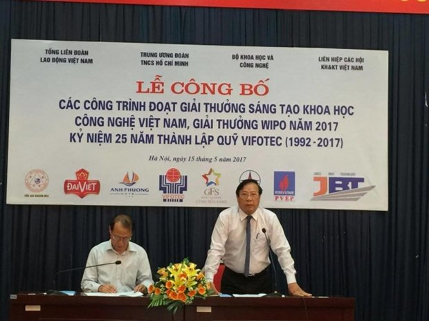 Technical innovation awards presented to 45 projects hinh anh 1