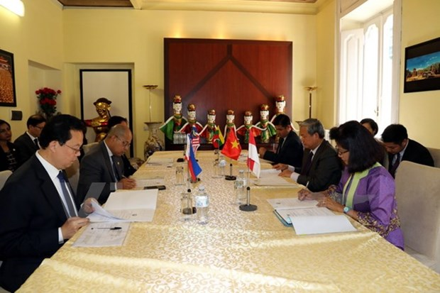 Vietnamese ambassador chairs ASEAN Committee in Rome's meeting hinh anh 1