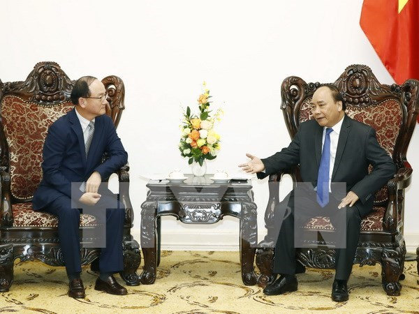 Samsung contributes significantly to Vietnam's economy: PM hinh anh 1