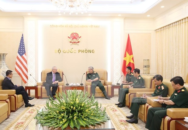 Vietnam, US want to further defense partnership hinh anh 1