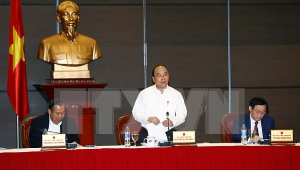 PM works with ministries, sectors to facilitate enterprises hinh anh 1