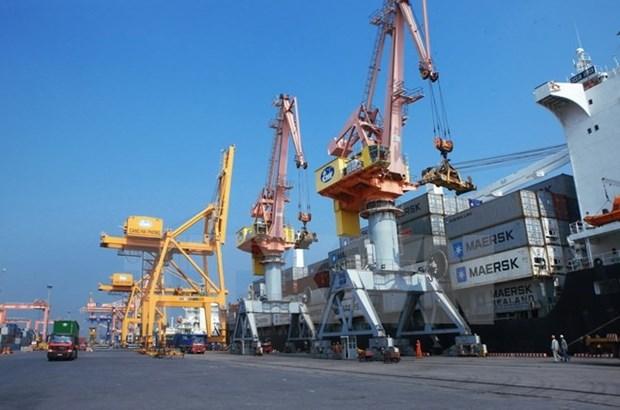 Deputy PM asks Hai Phong city to revise port fees hinh anh 1