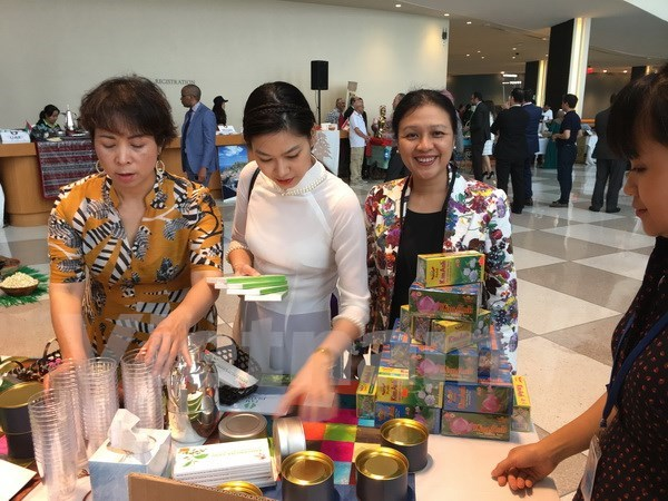 Vietnam joins tea, coffee festival at UN headquarters hinh anh 1