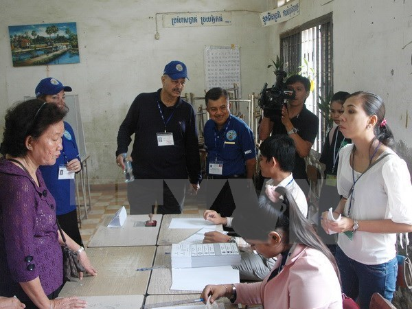 Cambodia begins communal election campaigns hinh anh 1