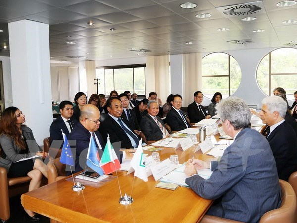 ASEAN, Italy prioritise regional cooperation hinh anh 1
