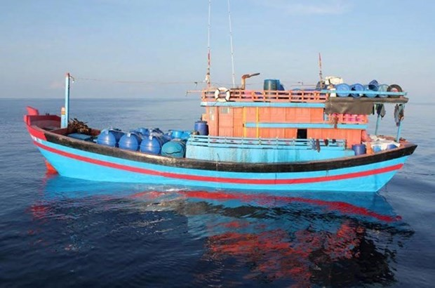 Vietnamese embassy verifies reported arrest of fishermen in Malaysia hinh anh 1