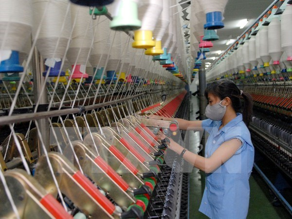 Production improvement needed to fulfill GDP growth target hinh anh 1