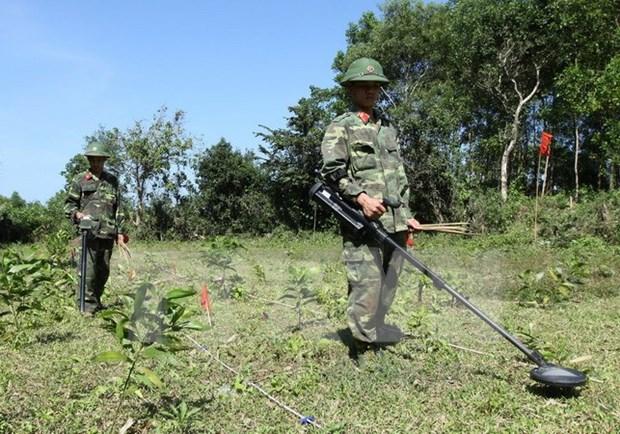 Binh Phuoc handles post-war bomb, ordnance leftovers hinh anh 1