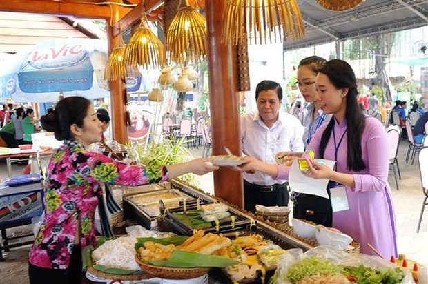 Southern food festival underway in HCM City hinh anh 4